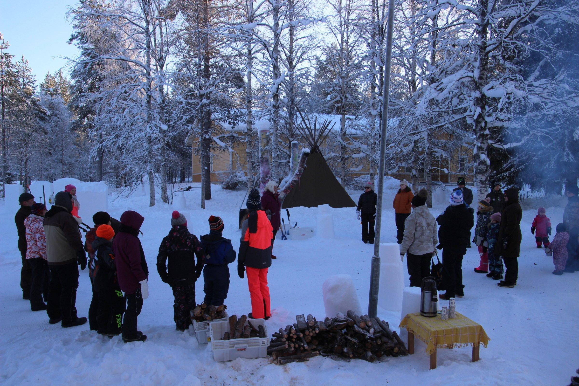 Ystävänpäivän lumenveistotapahtuma Nivankylässä (c) Ari Laakso 2021
